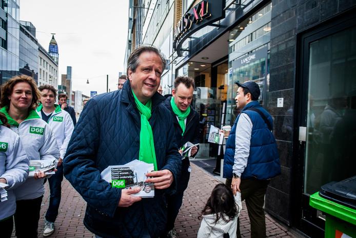 Alexander Pechtold eerder dit jaar op campagne voor de lokale D66 in Utrecht