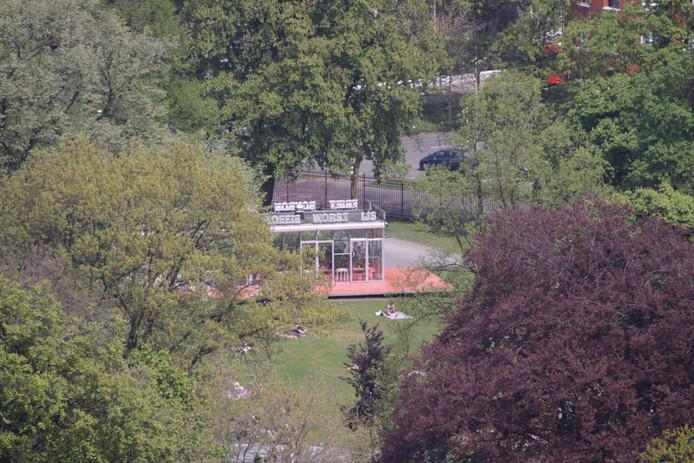 Het T-Huis in het Valkenberg.