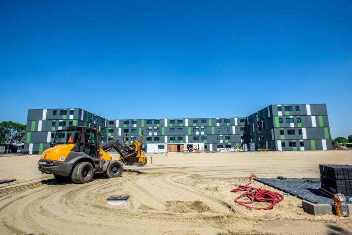 Waalwijk bouwt een campus voor 400 arbeidsmigranten. Meierijstad wil hier een kijkje nemen om 'van te leren'.