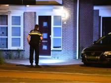 Huis beschoten in Eindhoven, twee verdachten met vuurwapen opgepakt op A2