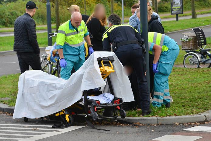 Op de kruising Kapittelweg en Baliëndijk in Breda vond een aanrijding plaats tussen een fietsster en een auto.