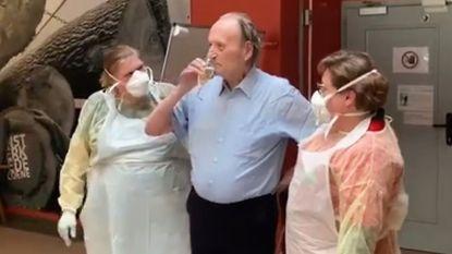 Marc (87) verslaat Covid-19 en krijgt champagne in rusthuis Sint-Jozef