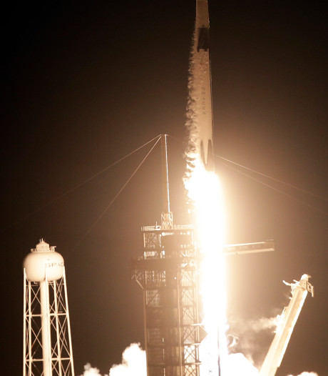Succesvolle lancering SpaceX-capsule naar ISS geeft NASA nieuwe hoop
