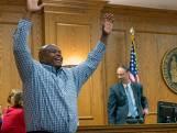 Libéré après 25 ans de prison pour un crime qu'il n'a pas commis