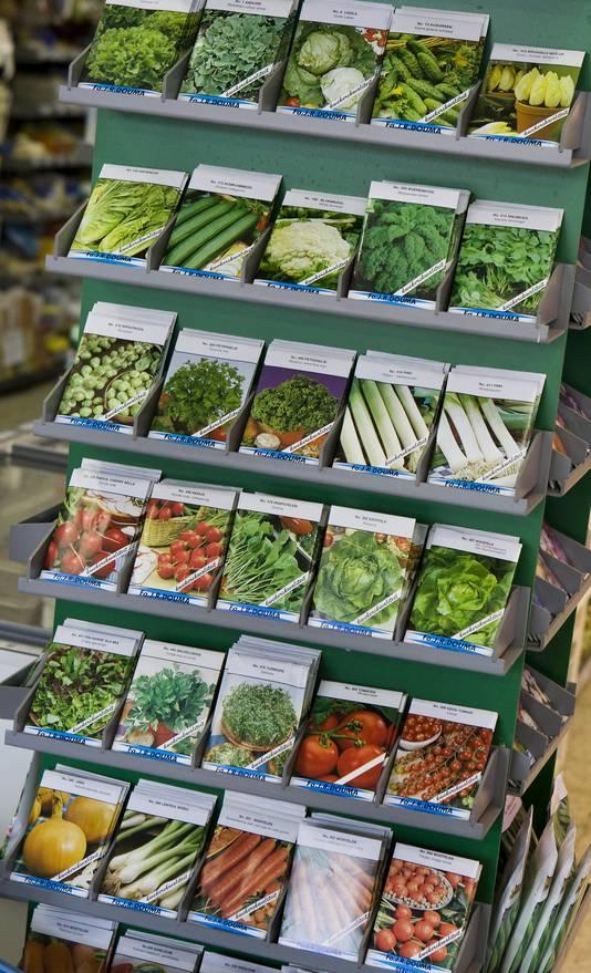 Groentezaden te koop in een supermarkt