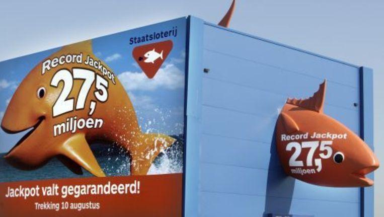 Reclame voor de Staatsloterij langs de A4 bij Schiphol. Op 10 augustus was de trekking voor een geldprijs van 27,5 miljoen euro. ANP Beeld