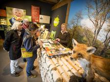 Theeschenkerij Poortbulten in De Lutte officieel geopend