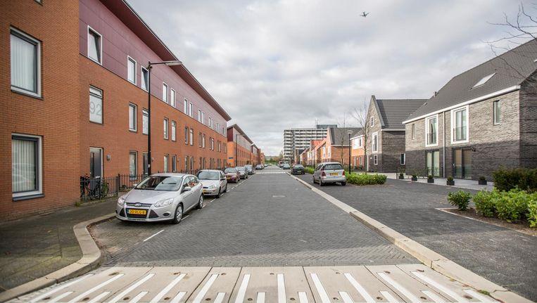 Gevarieerde nieuwbouw in de E-buurt in de Bijlmer. Beeld Eva Plevier
