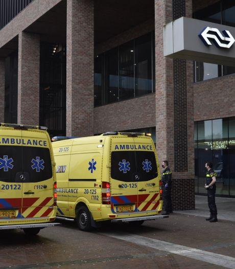 Vrouw gewond na val van trap in station Breda