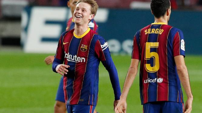 Barcelona buigt achterstand om tegen Sociedad, Januzaj vervangen met blessure