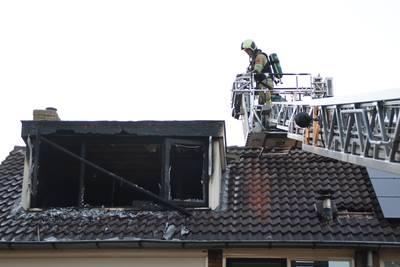 Bewoners ontvluchten brandende woning in Benschop