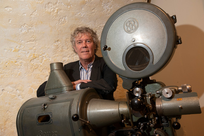 Hans Heesen van Luxor. Hans heeft een boek geschreven over de Zutphense filmgeschiedenis. 'Prikkelend in hoge mate'