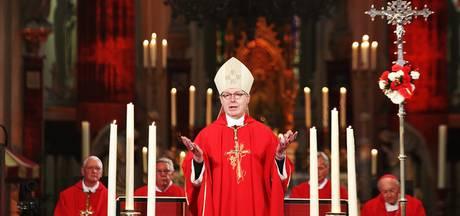 Bisschop spreekt persoonlijk met briefschrijver, maar komt écht niet naar kerkdienst Roze Zaterdag