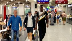 """Transfer Talk.  Courtois-concurrent Navas wil weg uit Madrid - """"Monaco denkt aan Dennis"""" - Daar is Genkse reus"""